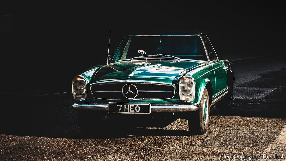 Small investors and vintage cars